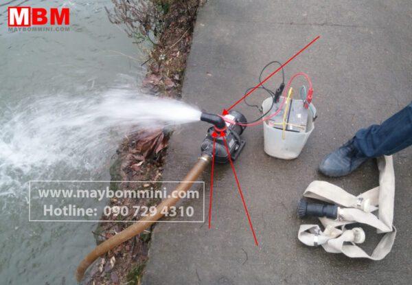 Bom Nuoc Luu Luong Lon 12v.jpg
