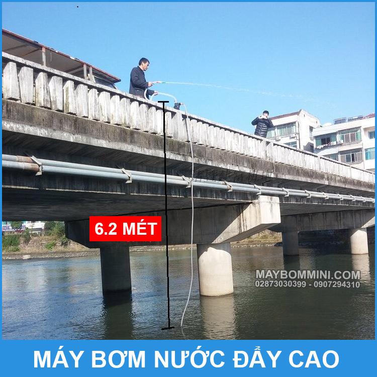 Thu Bom Nuoc Len Cao Hut Tu Song